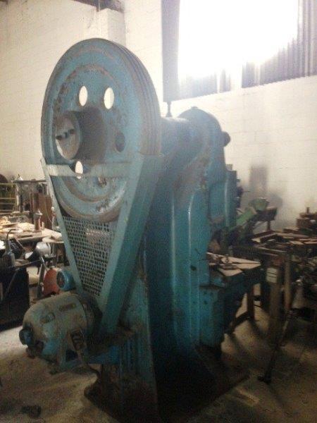 Loja de equipamentos industriais usados